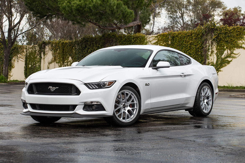"19"" Mustang Track Wheels"
