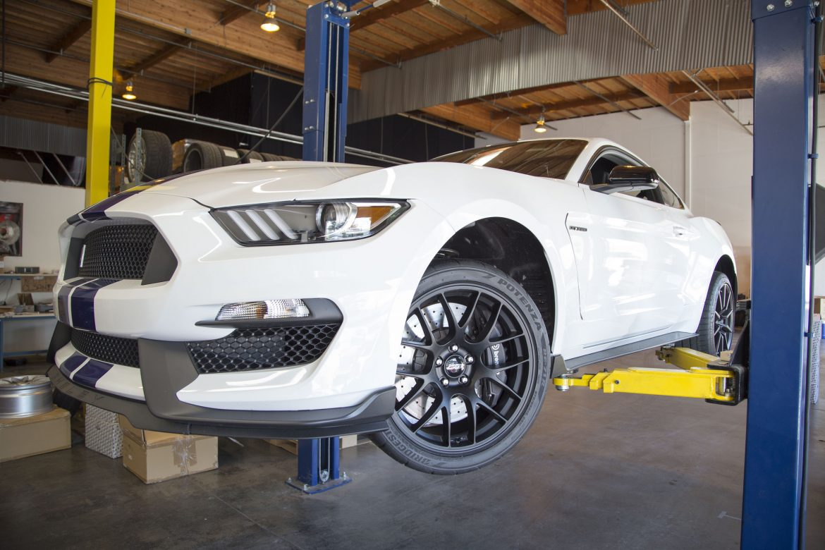 "19"" Mustang GT350 Brake Clearance"
