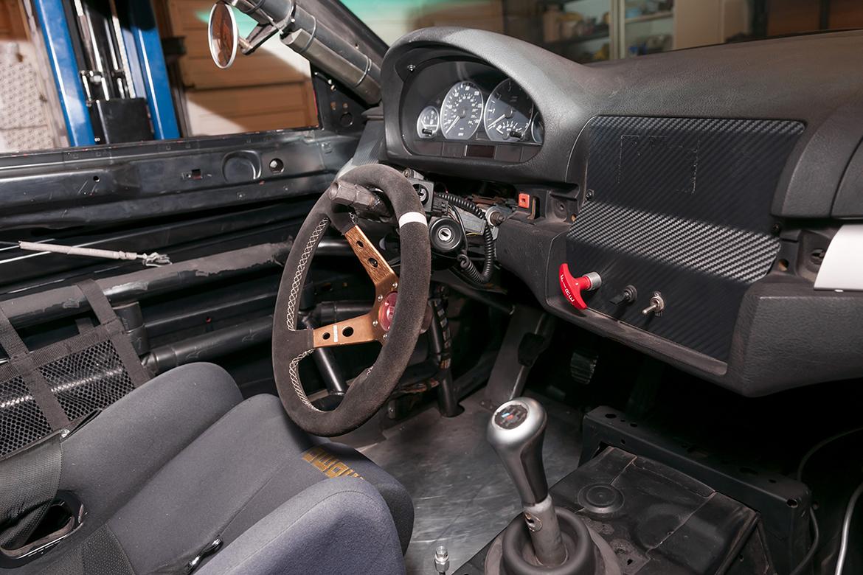APEX Spec E46 Shop Car