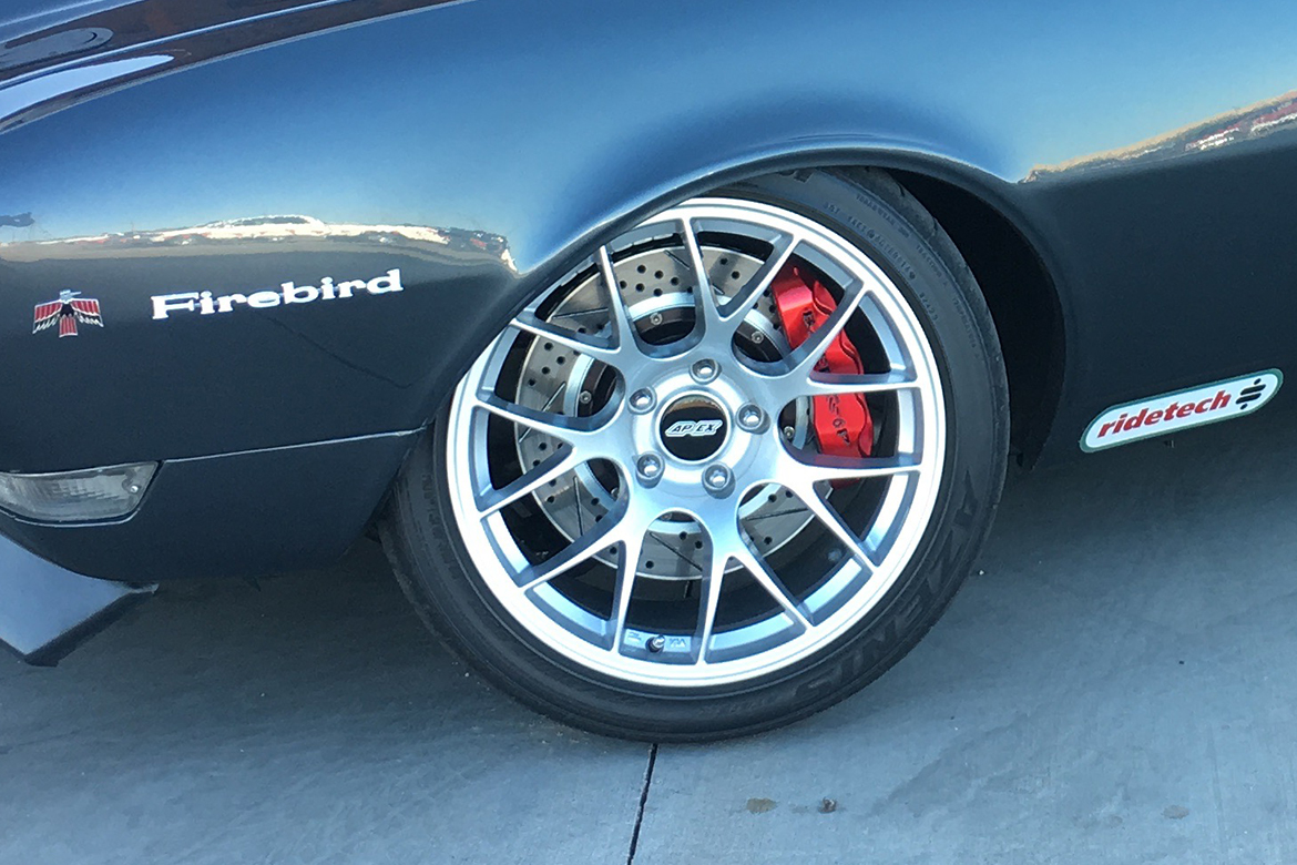 Chris's 1968 Pontiac Firebird with APEX EC-7 Wheels