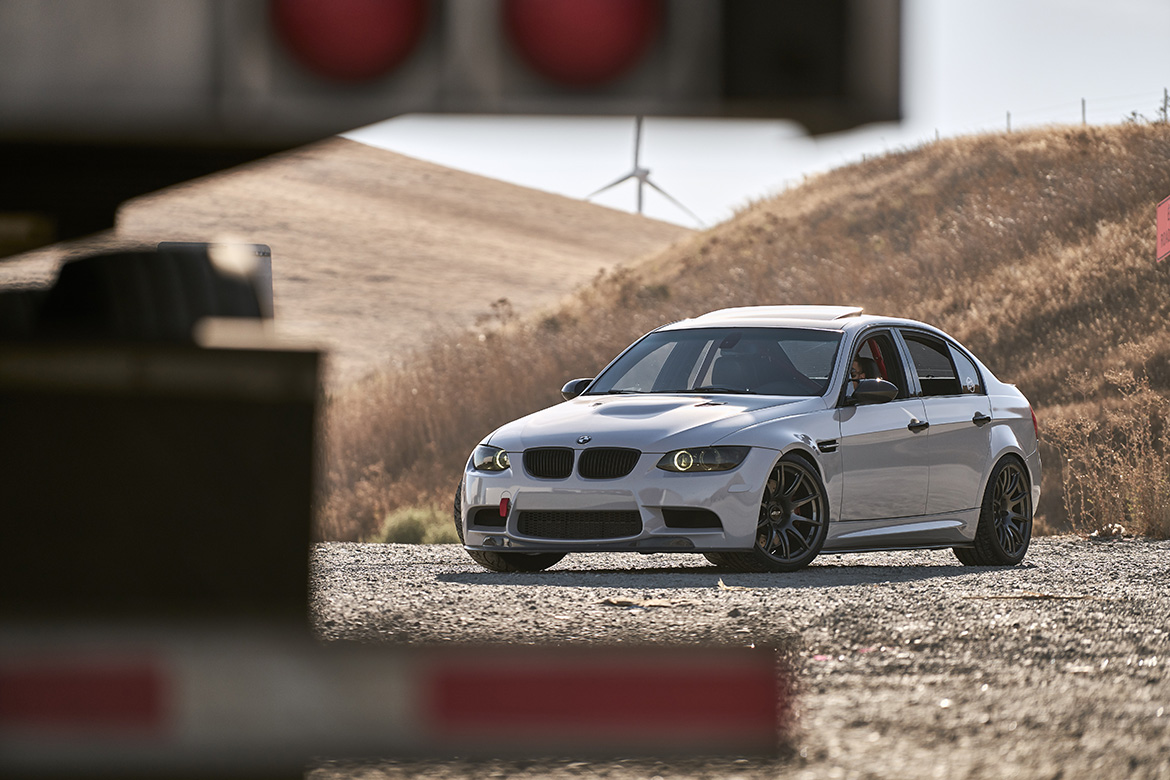 "BMW E90 M3 Cruising The Altamont Pass with 19"" SM-10 Wheels"