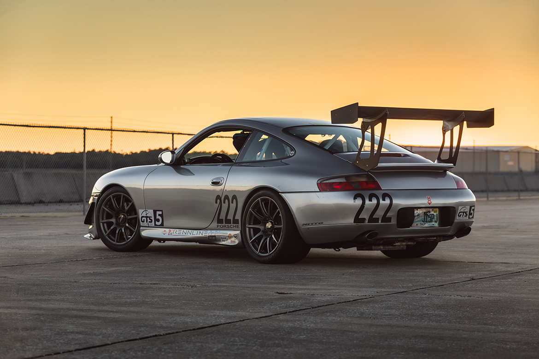 """Porsche 996 with 18"""" SM-10 wheels"""