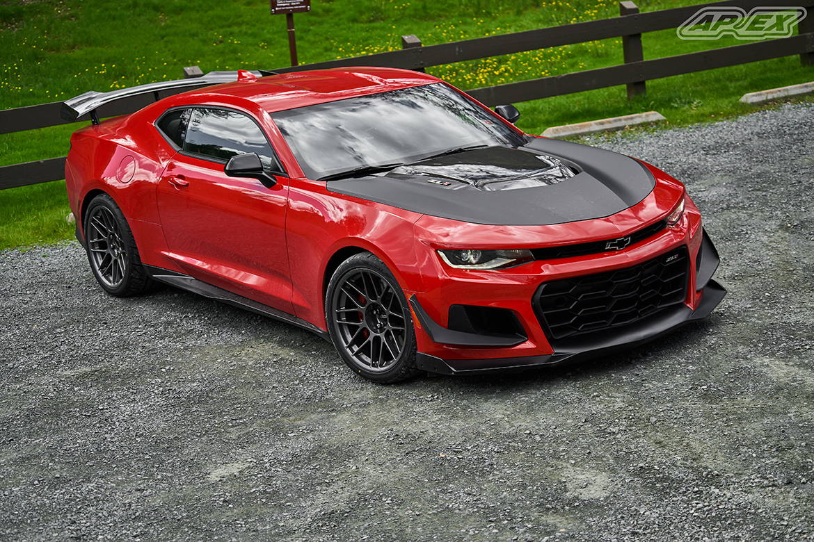 "Chevrolet Camaro ZL1 1LE with 19"" ARC-8 Wheels"