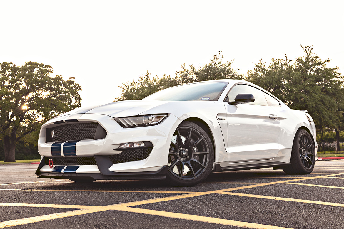 Mark's Shelby GT350 with 19″ SM-10 Wheels