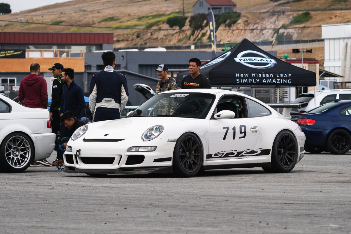 Sean's Porsche 997.1 GT3 RS with 18″ SM-10 Wheels at Laguna Seca