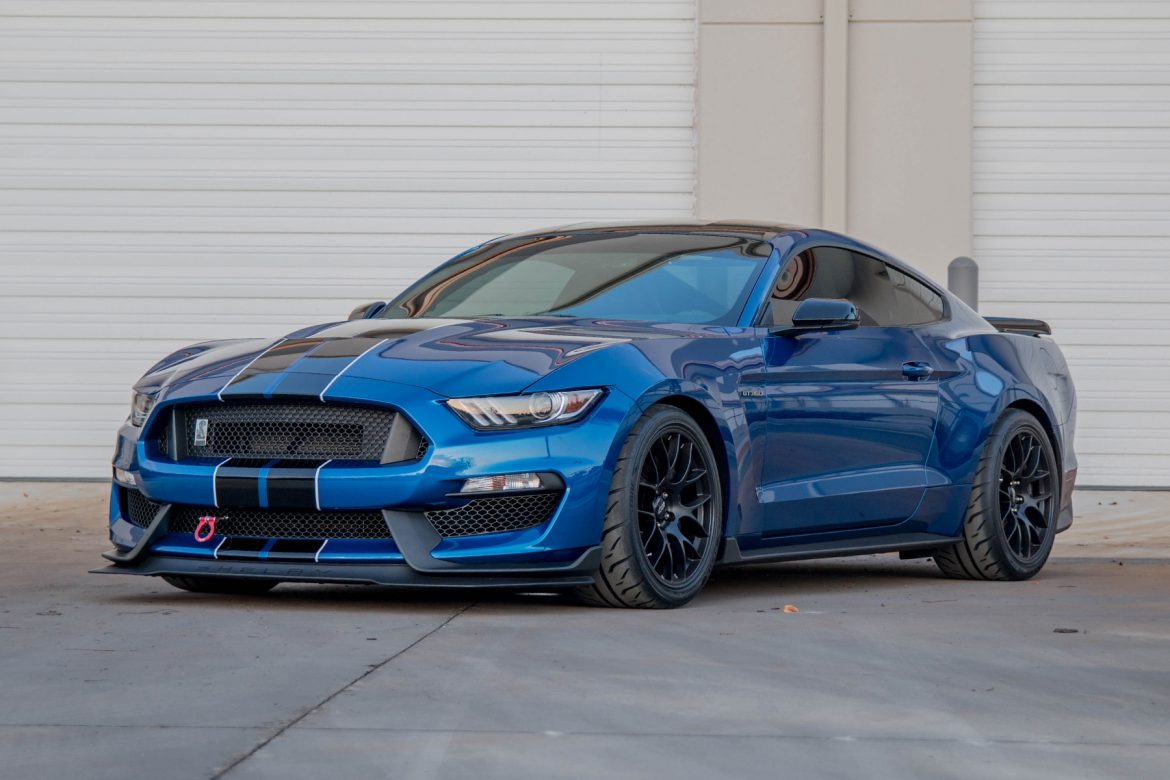 Jeff's Shelby GT350 Track Build Featuring 19″ EC-7 Wheels