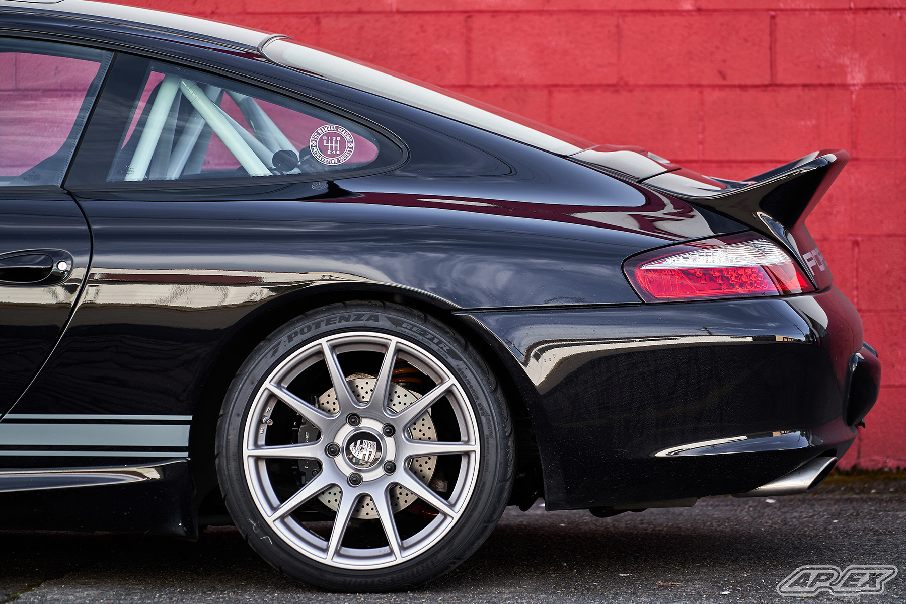 2002 Porsche 996 Carrera C2 on APEX SM-10 Wheels
