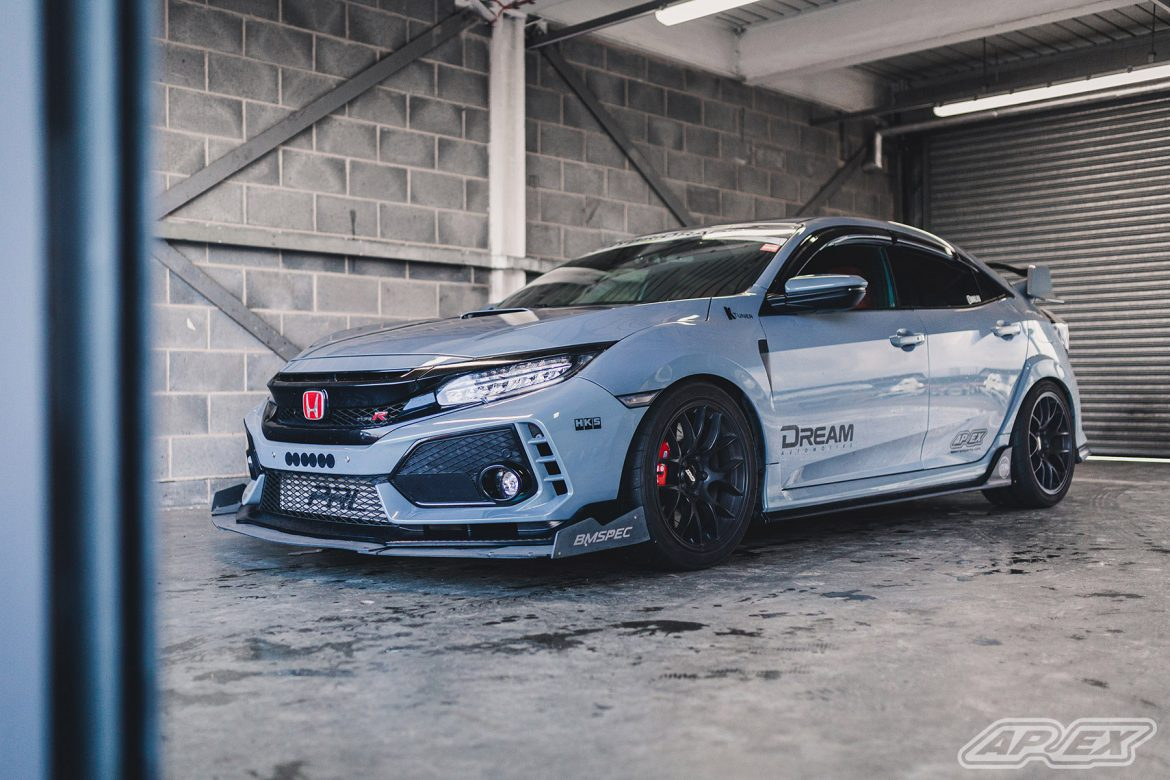 Honda Civic Type R on EC-7 Wheels at Donington Park